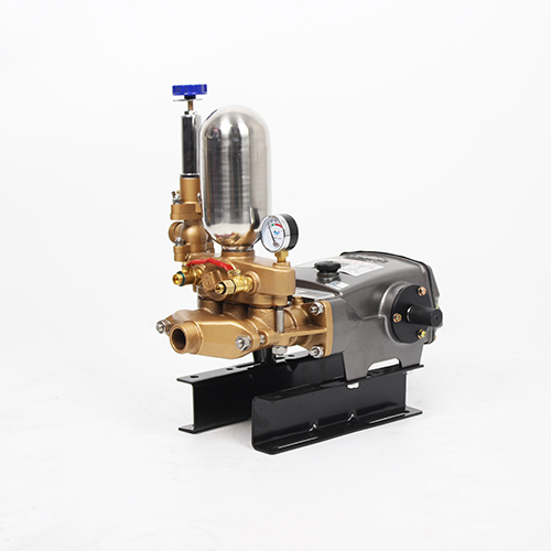LS-548-558 Agricultural three cylinder plunger pump